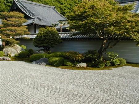 Japanse tuin aanleggen paul wolf tuindecoraties for Zen tuin aanleggen